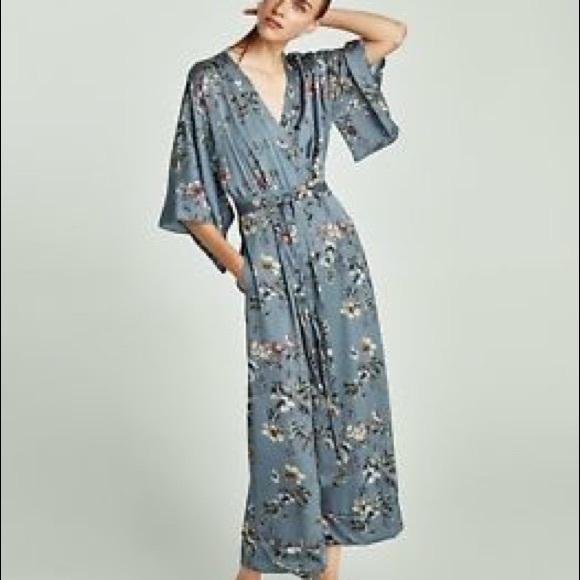 bac6ce653b7b Zara Floral Print Kimono Jumpsuit